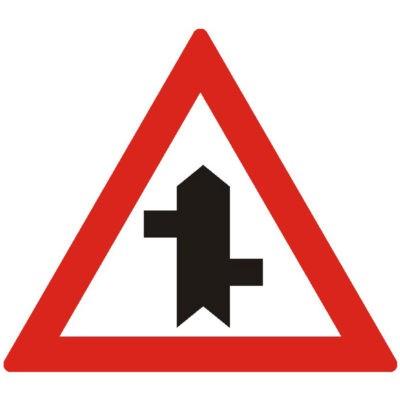 Indicator rutier avertizare Intersectie cu un drum fara prioritate A39