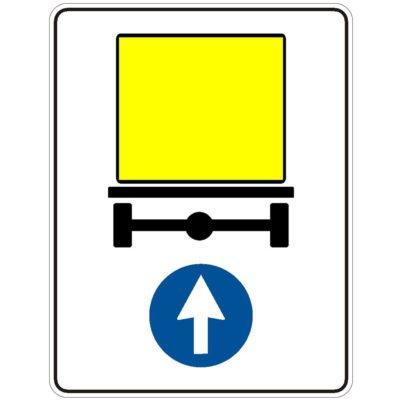 Indicator rutier obligare Directia obligatorie pentru vehiculele care transporta marfuri periculoase D 16